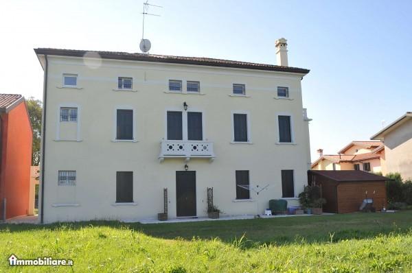 appartamenti in villa storica